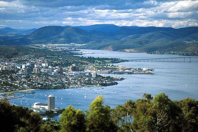 Thủ phủ của tỉnh bang Tasmania là thành phố Hobart