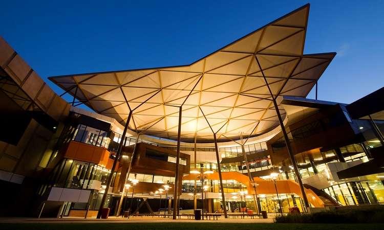 Học bổng ĐH Western Sydney, Úc năm 2017-2018