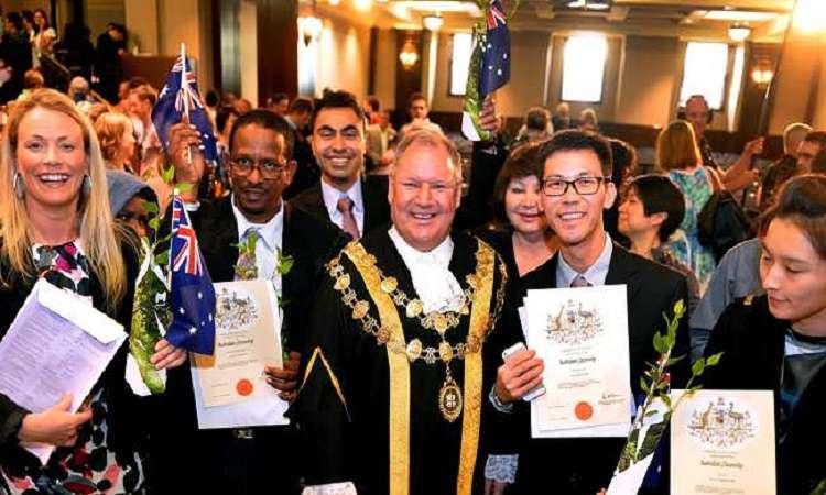 Bàithi quốc tịch Úc cần phải qua để được định cư tại Úc