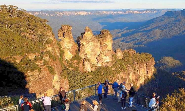 Đến Blue Mountains ở Úc mất khoảng 50 phút từ Sydney