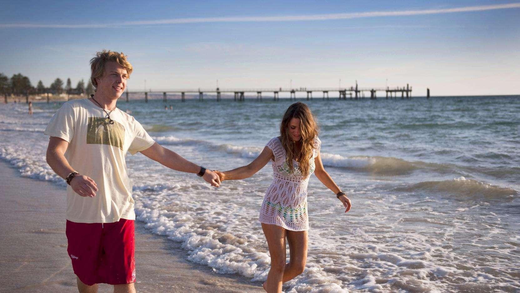 Mùa hè ở biển Adelaide vô cùng thú vị