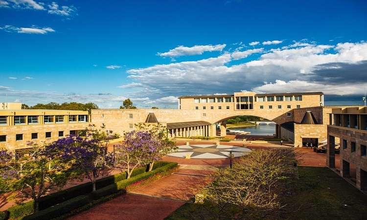 Học bổng cử nhân ĐH Bond Úc đa ngành 2018 thu hút sinh viên quốc tế