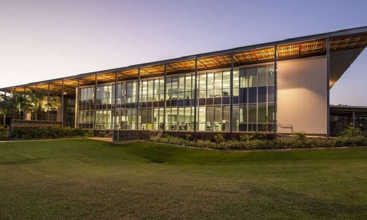 Học phítrường Đại học Charles Darwin Úc