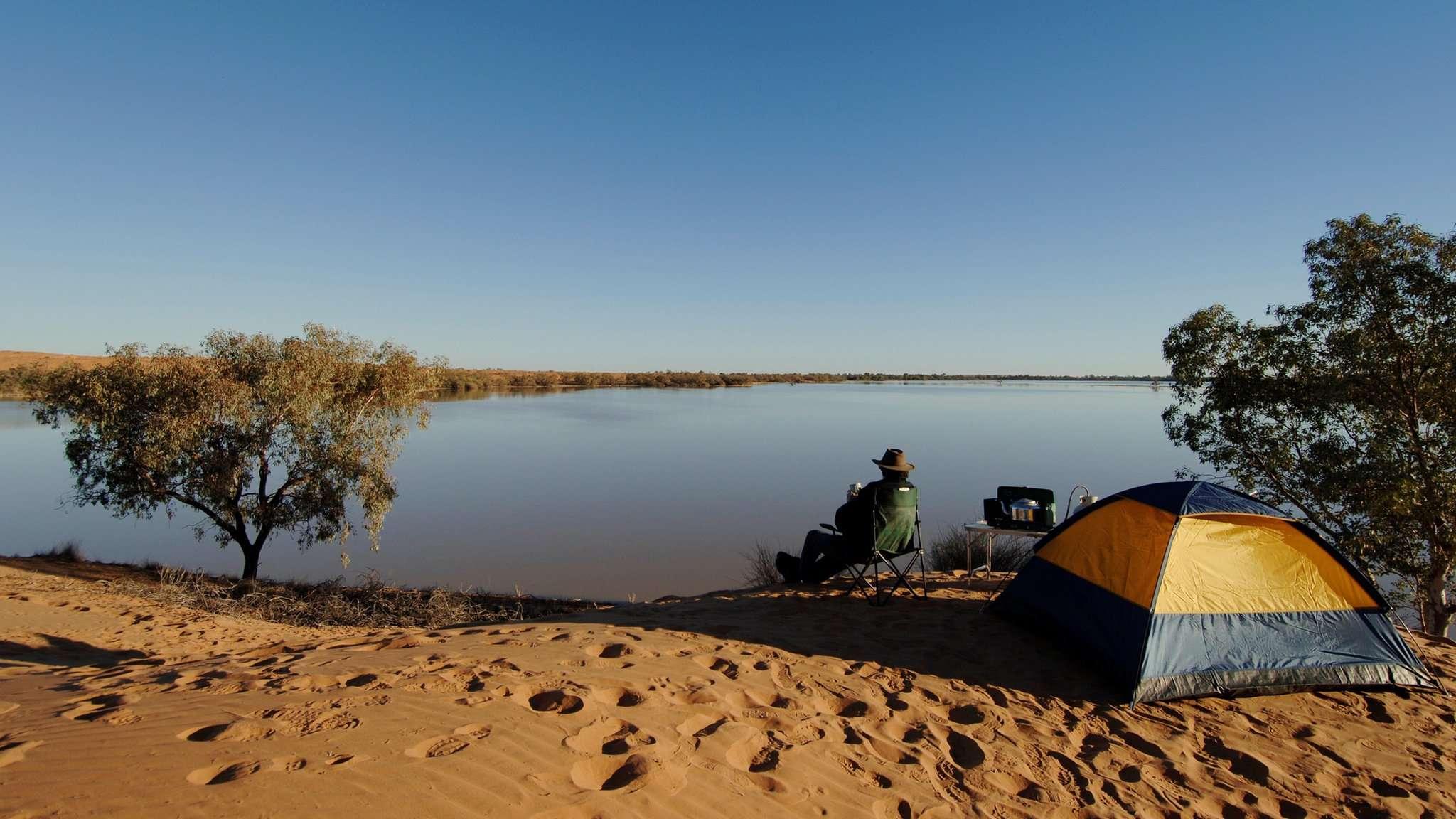 Hồ Coongie Lakes giữa sa mạc