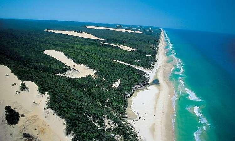 Hònđảo cát lớn nhất thế giới