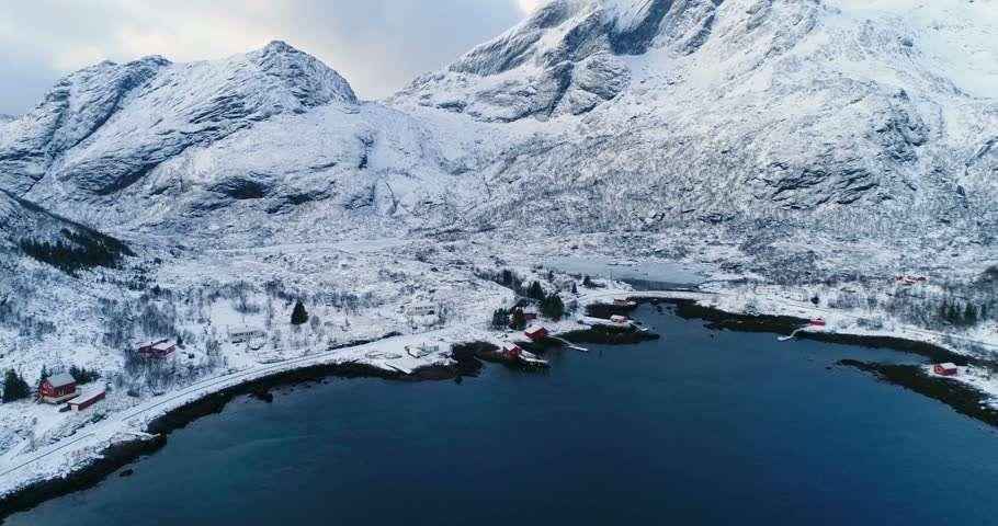 Snowy Mountains thuộc dãy Alps có tuyết đẹp nhất