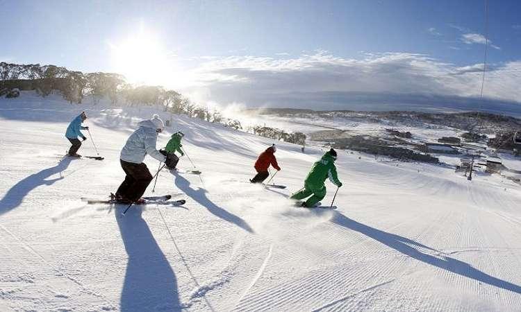 Hãy nghĩ đến những ngọn núi tuyết khi du lịch Úc