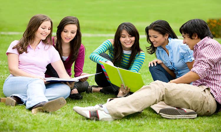 Xu hướng chọn chương trình du học chuyển tiếp Đại học nước ngoài từ Việt Nam