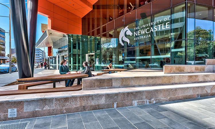 45 suất học bổng cử nhân Úc Đại học Newcastle 2018 vẫn đang mở cửa