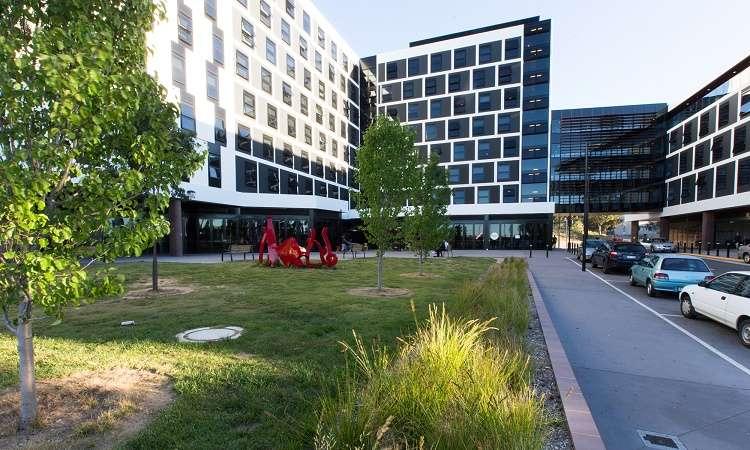 Học bổng cử nhân Úc Đại học Canberra ngành Công nghệ thông tin 2018