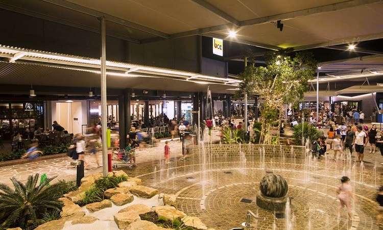 Trung tâm mua thương mạiCasuarina