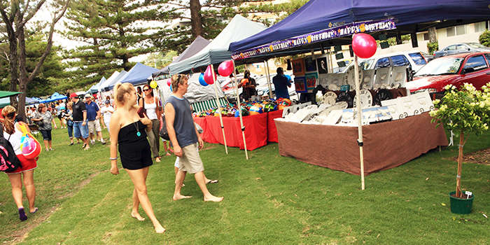 Broadbeach Art & Craft markets