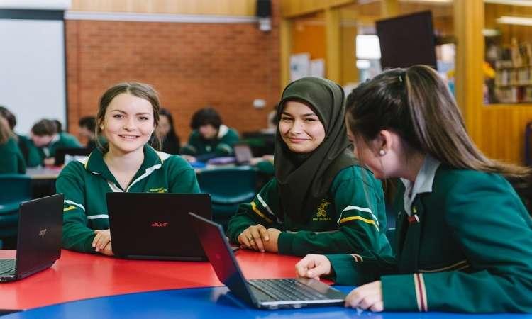 Du học Úc THPT bang Tasmania: Học phí, chương trình học