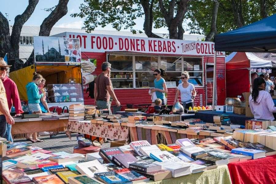 ChợSalamanca Market là khu chợ nổi tiếng nhấtTasmania