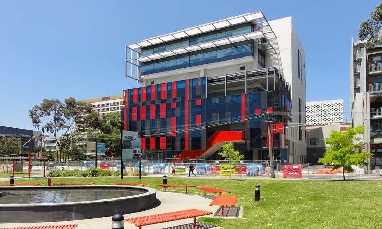 Dự bị Đại học Swinburne Úc cần điều kiện, học phí bao nhiêu?