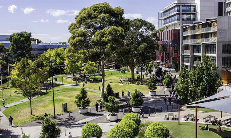 Học bổng dự bị Đại học Úc từ ĐH Công nghệ Swinburne 2018