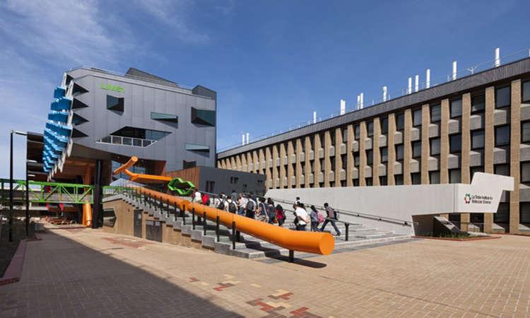 Học bổng Úc sau Đại học từ Đại học La Trobe 2018