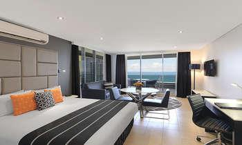 Các khách sạn ở Gold Coast Úc giá rẻ, từ 100 AUD/ đêm, tiện đi lại