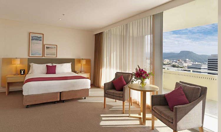 Khách sạn Sage Hotel Wollongong nằm gần biển