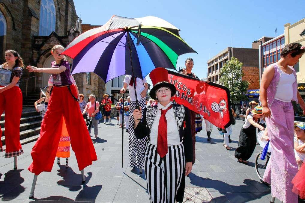 Lễ hội Viva La Gong rực rỡ sắc màu