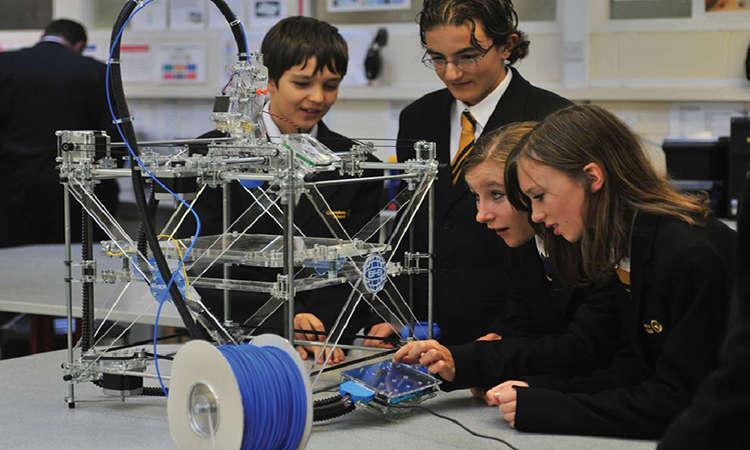 STEM là gì? Các nhóm ngành STEM du học Australia