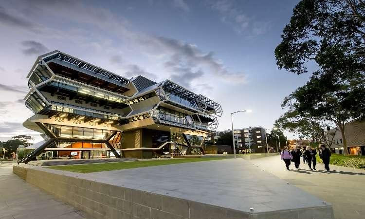 Học bổng Úc ĐH Monash ngành Thương mại năm 2018