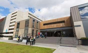 ĐH công giáo Úc Australian Catholic University: Điều kiện, học phí