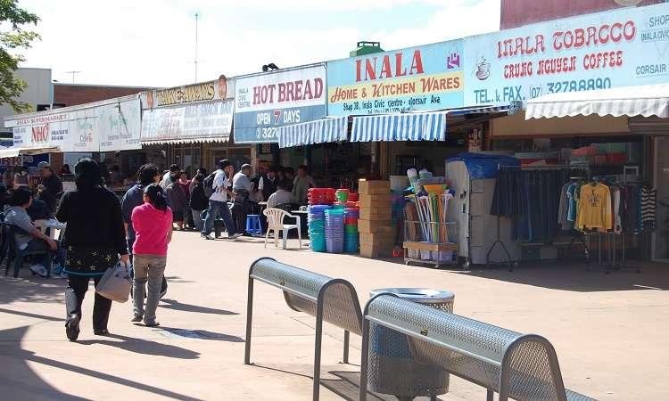 Inala là khu vực có nhiều cửa hàng Việt Nam