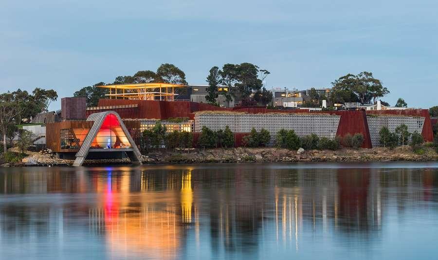 Bảo tàng Museum of Old and New Art tại Hobart nổi tiếng trên thế giới