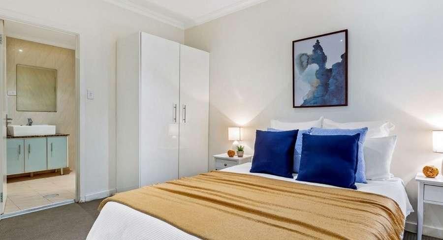 Phòng ngủ chính khép kín