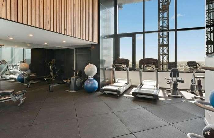 Tòa nhà có đầy đủ phòng thể dục