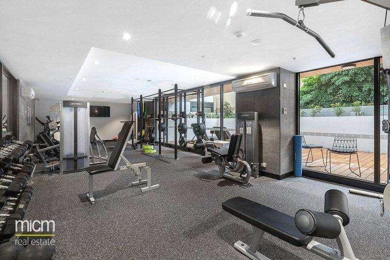 Tòa nhà có phòng tập thể dục đầy đủ thiết bị