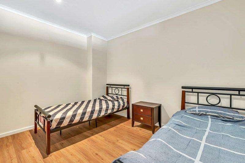 Phòng ngủ thứ hai của căn hộ chung cư cũng rộng không kém