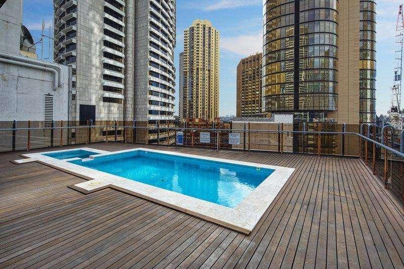 Tòa nhà có đủ tiện ích bể bơi