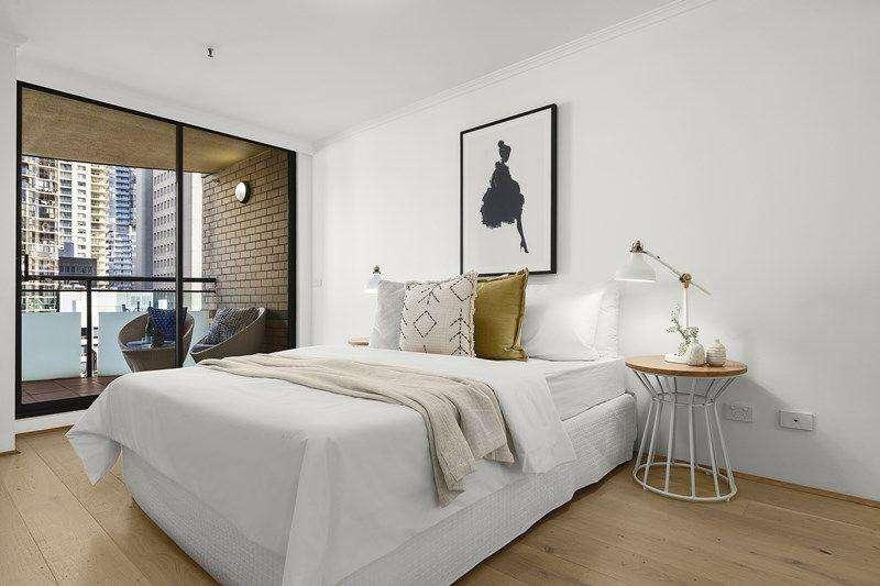 Phòng ngủ lớn cũng có ban công
