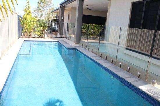 Bể bơi ngoài trơi là nơi thư giãn, giải trí lý tưởng