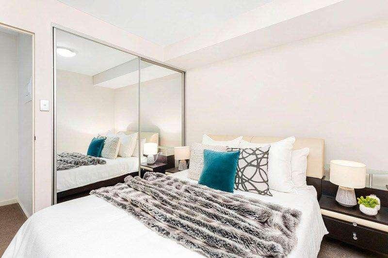 Phòng ngủ thứ hai nhỏ hơn một chút