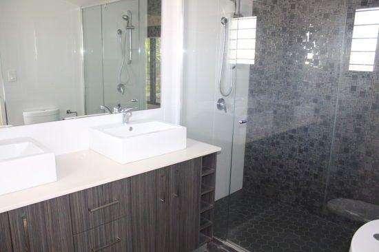 Phòng tắm thứ hai của ngôi nhà