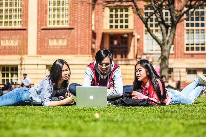 Các mẹo để đạt thành tích khi thực tập khoa học máy tính ở Úc
