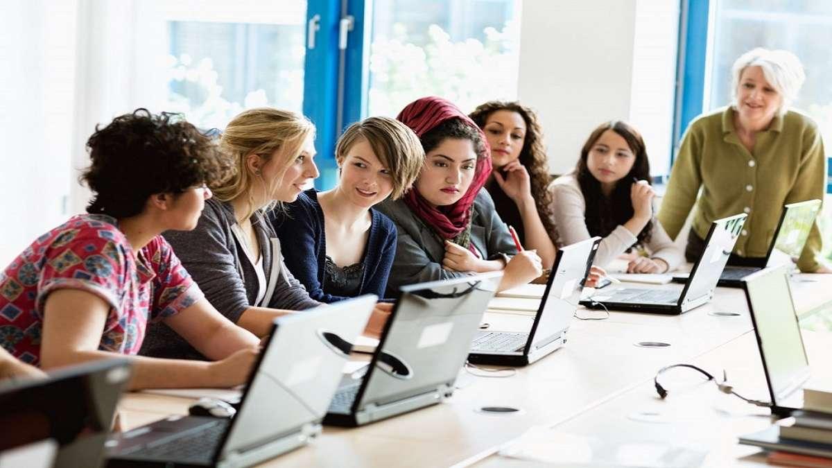 Professional Year Program ở Úc có lợi gì cho sinh viên tốt nghiệp?