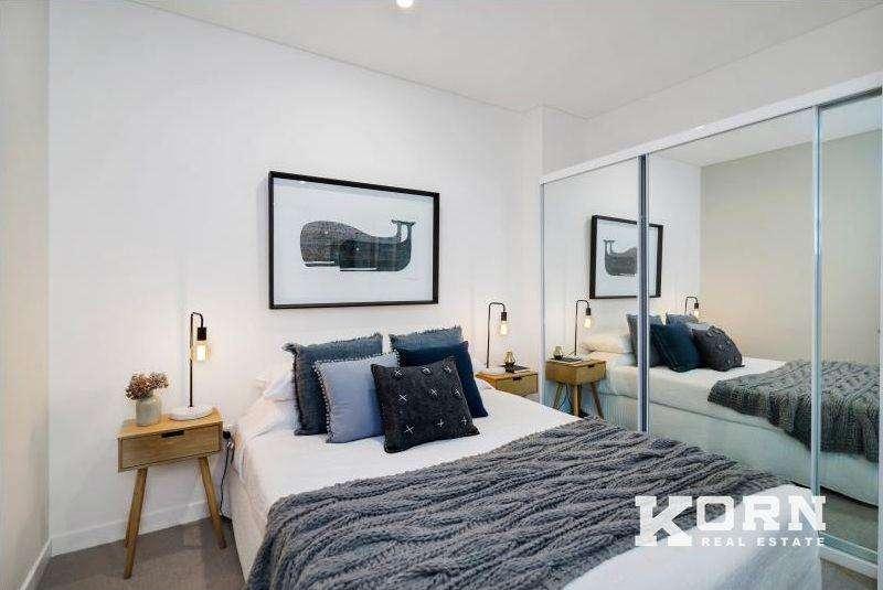 Phòng ngủ tối giản của căn hộ chung cư