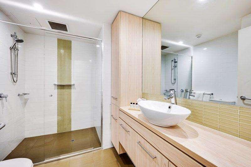 Phòng tắm có không gianvòi sen cực lớn