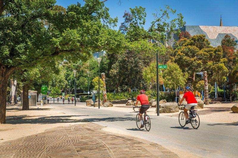Căn hộ gần công viên xinh đẹp, giúp bạn có cơ hội thư giãn, tập thể dục