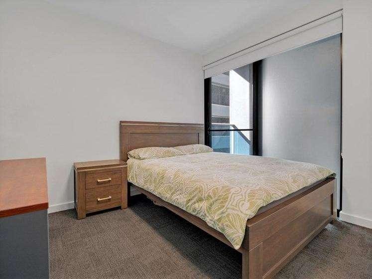 Phòng ngủ thứ hai diện tích cũng rộng rãi