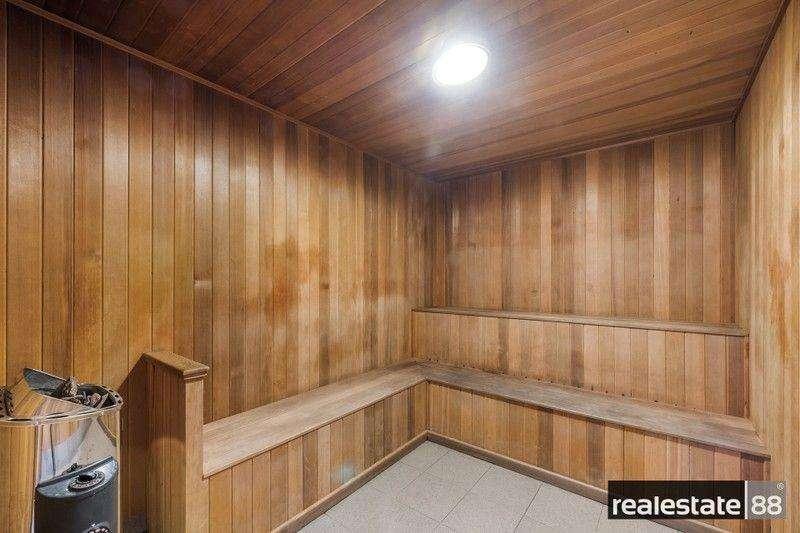 Phòng xông hơi khô của tòa nhà