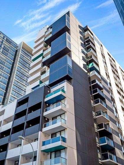 Tòa căn hộ nằm ở ngay trung tâm thành phố Adelaide